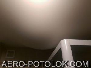фото вода натяжной потолок